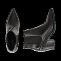Camperos a punta neri in eco-pelle, tacco 7 cm , Scarpe, 141785496EPNERO036, 003 preview