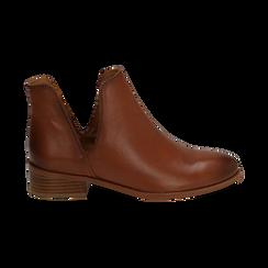 Bottines en cuir camel, talon de 3 cm, Chaussures, 159407601PECUOI037, 001 preview