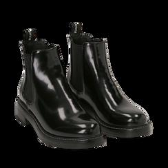 Chelsea boots neri in eco-pelle abrasivata, tacco 4 cm , Stivaletti, 140685073ABNERO035, 002a