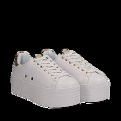 Sneakers bianche in eco-pelle dettaglio oro e suola platform, Scarpe, 132602020EPBIOR036, 002a