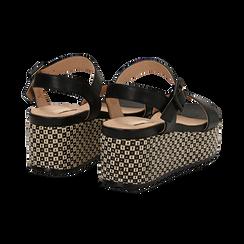Sandali platform neri in eco-pelle, zeppa intrecciata 6,50 cm , Primadonna, 134938301EPNERO, 004 preview