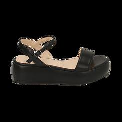 Sandali neri in eco-pelle, zeppa 5 cm , Chaussures, 159790131EPNERO038, 001 preview