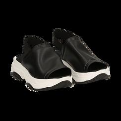 Sandali neri in eco-pelle, zeppa 4,50 cm , Scarpe, 136777206EPNERO036, 002 preview