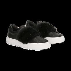Sneakers nere Slip-on con dettagli faux-fur e borchie, Primadonna, 126103025EPNERO, 002 preview
