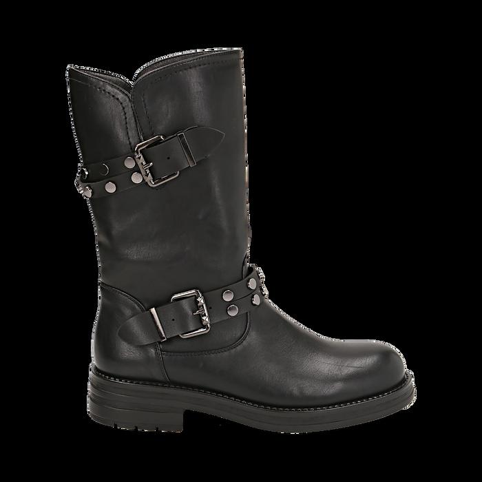 Biker boots con fibbie e borchie neri in eco-pelle, tacco 4 cm , Stivaletti, 14A719671EPNERO036