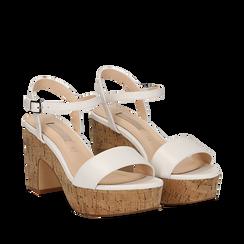 Sandali bianchi in eco-pelle, tacco in sughero 9 cm, Saldi Estivi, 138402256EPBIAN035, 002a
