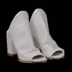 Mules bianche in pelle, tacco 8 cm, Scarpe, 135600917PEBIAN036, 002 preview