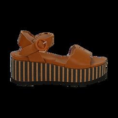 Sandali platform cuoio in eco-pelle, zeppa optical 7,50 cm , Saldi Estivi, 134901231EPCUOI036, 001 preview