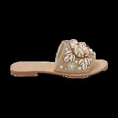 Ciabatte beige in rafia con conchiglie, Scarpe, 15K904446RFBEIG036, 001 preview