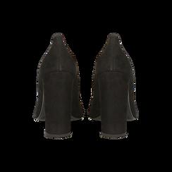 Décolleté nere in vero camoscio, tacco quadrato 8 cm, Scarpe, 12D615210CMNERO, 003 preview