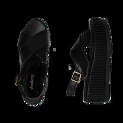 Sandali platform neri in eco-pelle, zeppa 7 cm , Primadonna, 132147651EPNERO035, 003 preview