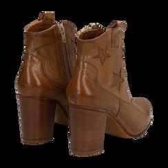 Ankle boots in pelle colore cuoio, con stelle ricamate, tacco 7,5 cm, Scarpe, 137725907PECUOI035, 004 preview