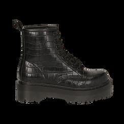 Anfibi neri in eco-pelle, effetto coccodrillo, suola 4,50 cm , Stivaletti, 142800001CCNERO035, 001 preview