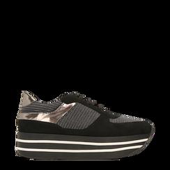 Sneakers nere con maxi platform a righe bianche e nere, 122707075MFNERO035, 001a