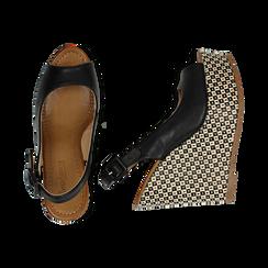 Sandali platform neri in eco-pelle, zeppa intrecciata 13 cm , Primadonna, 134907984EPNERO036, 003 preview