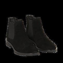 Chelsea boots neri in camoscio, Stivaletti, 141611243CMNERO035, 002a