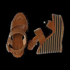 Sandali platform cuoio in eco-pelle, zeppa rigata 13 cm , Primadonna, 134986213EPCUOI035, 003 preview