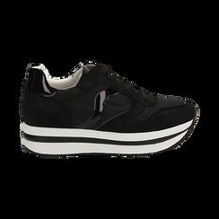 Sneakers nere in microfibra con maxi-suola platform, Scarpe, 132899261MFNERO036, 001 preview