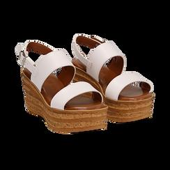 Sandali platform bianchi in eco-pelle, zeppa 8 cm ,