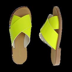 Mules flat gialle in vernice fluo, Saldi Estivi, 136767002VEGIAL036, 003 preview