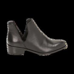 Bottines en cuir noir, talon de 3 cm, Chaussures, 159407601PENERO037, 001 preview
