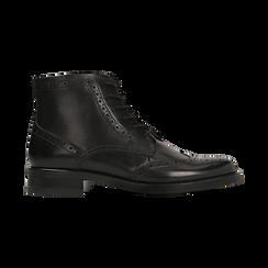 Anfibi neri in vera pelle, con gambale basso, tacco basso, Scarpe, 127717704PENERO, 001 preview