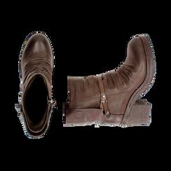 Biker boots marroni in eco-pelle, tacco 5 cm , Stivaletti, 140736661EPMARR, 003 preview