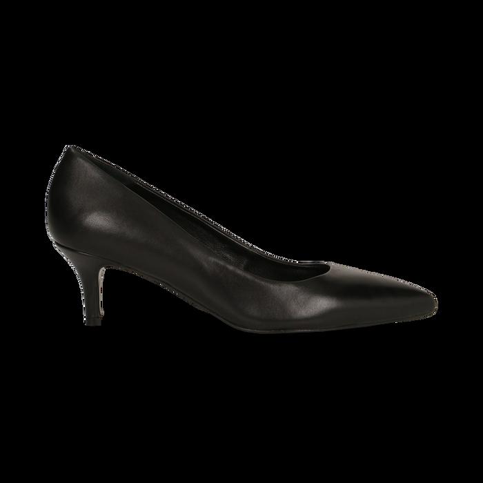 Décolleté nere Kitten heels in vero camoscio, tacco 3 cm, Primadonna, 12D617210VINERO