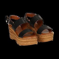 Sandali platform neri in eco-pelle, zeppa 8 cm ,