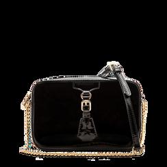 Camera bag nera con tracolla, ecopelle vernice, Saldi, 121818008VENEROUNI, 001a