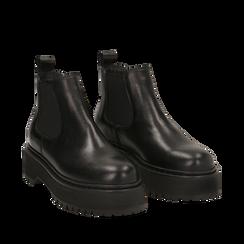 Chelsea boots neri in vera pelle, tacco 4,5 cm , Primadonna, 147728503PENERO040, 002a