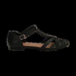 Sandali flat neri in eco-pelle con tomaia traforata, Scarpe, 134990781EPNERO041, 001 preview