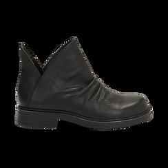 Biker boots flat neri in eco-pelle, Stivaletti, 140701515EPNERO036, 001 preview