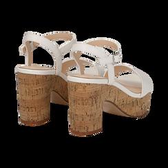 Sandali bianchi in eco-pelle, tacco in sughero 9 cm, Primadonna, 138402256EPBIAN036, 004 preview