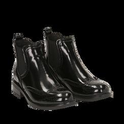 Chelsea boots neri in eco-pelle abrasivata, Stivaletti, 140618206ABNERO035, 002a
