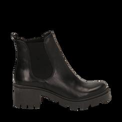 Chelsea boots neri in vera pelle, tacco 5 cm, Stivaletti, 147723517PENERO035, 001a