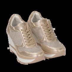 Sneakers oro in laminato con zeppa, Scarpe, 152882661LMOROG035, 002a