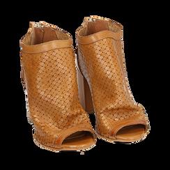 Botines open toe en vitello color cuero, tacón 9 cm, Zapatos, 15A217013VICUOI036, 002 preview