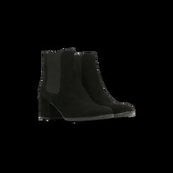 Chelsea Boots in vero camoscio, tacco quadrato medio 5,5 cm, Primadonna, 127722102CMNERO, 002 preview