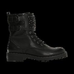 Anfibi neri con dettagli metal e perle nere, tacco basso, Primadonna, 12A772520EPNERO, 001 preview