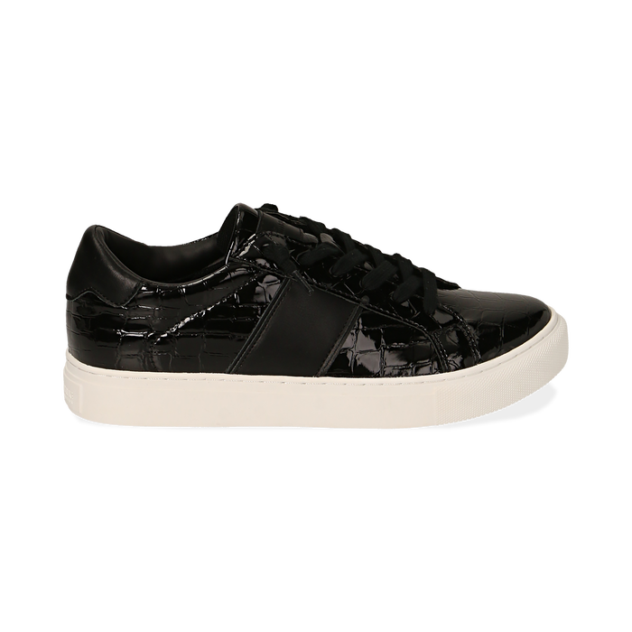 Zapatillas en charol color negro, Primadonna, 162619071VENERO035