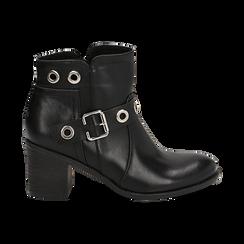Ankle boots neri in eco-pelle con oblò, tacco 7 cm, Scarpe, 130682986EPNERO036, 001 preview