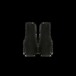 Chelsea Boots in vero camoscio, tacco quadrato medio 5,5 cm, Primadonna, 127722102CMNERO, 003 preview