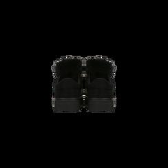 Sneakers nere con pon pon in eco-fur, Primadonna, 121081755MFNERO, 003 preview