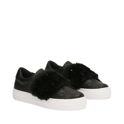 Sneakers nere Slip-on con dettagli faux-fur e borchie, Primadonna, 126103025EPNERO037, 002a