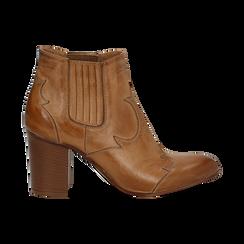 Ankle boots in pelle cuoio con banda elastica e tacco in legno 7,5 cm, Scarpe, 137725908PECUOI036, 001 preview