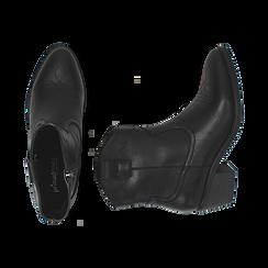 Ankle boots neri in eco-pelle, tacco 4,50 cm, Stivaletti, 150693111EPNERO036, 003 preview