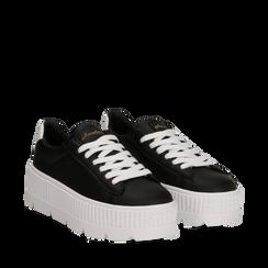 Sneakers platform nero/bianche in eco-pelle, Scarpe, 132618776EPNEBI041, 002a