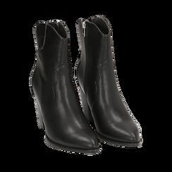 Camperas en eco piel color negro, tacón 9 cm, Primadonna, 154930037EPNERO037, 002a