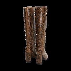 Stivali marroni in eco-pelle stampa pitone, tacco 9,5 cm , Primadonna, 142166710PTMARR036, 003 preview